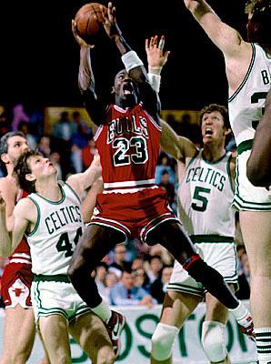 Regeneración Ruidoso muñeca  April 20, 1986: Michael Jordan Sets Playoff Record in Battle ...