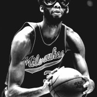 Quora: Why did Kareem Abdul Jabbar wear goggles?